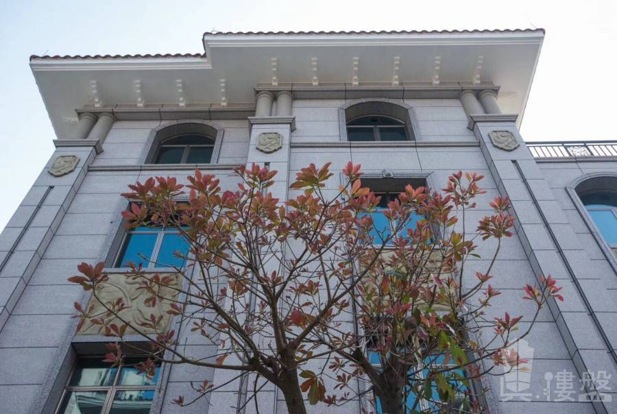觀景峯_中山 中山獨立圍牆大花園別墅 買兩層送兩層